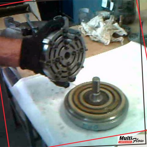 Manutenção em compressores de alta pressão